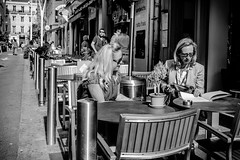 Cannes Film Festival #4 (Franck_Michel) Tags: ladies bar table terrasse business contract caffe dring