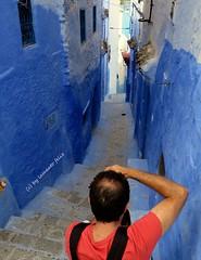 Calles en Chefchaouen.Marruecos (lameato feliz) Tags: color azul calle chefchaouen marruecos