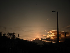 No. 1130 - 11 de junio/16 (s_manrique) Tags: postes atardecer cables cielo