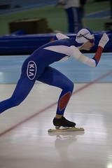 A37W0392 (rieshug 1) Tags: ladies sport skating worldcup groningen isu dames schaatsen speedskating kardinge 1000m eisschnelllauf juniorworldcup knsb sportcentrumkardinge worldcupjunioren kardingeicestadium sportstadiumkardinge
