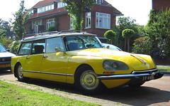 1971 Citroën ID 19F Break (rvandermaar) Tags: 1971 break id citroen citroën citroënds 19f citroënid citroëndsbreak 3944rx citroënidbreak sidecode2 citroënid19fbreak