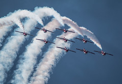 QIAS 2016 - The Best of the Finest (Jay:Dee) Tags: 2016 qias quinte international air show airshow cfb canadian forces base trenton aviation aircraft airplane military jet trainer snowbirds 431 demonstration squadron aerobatics ct114 canadair tutor