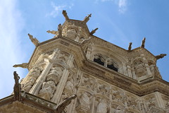 Nevers' heights (bmonmirel) Tags: city blue summer sky sunlight white tower tourism church stone tour statues bluesky ciel gargoyles heights bourgogne glise vue cathedrale bourguignon nevers gargouilles nivre