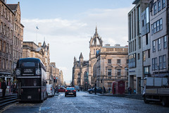 22012016_stone-flagged street (Chicaco11) Tags: chicaco11 travelinuk travel 2016 winter january scotland edinburgh uk nikkor 50mm nikon d750 townscape doubledecker cobblestone flagstone