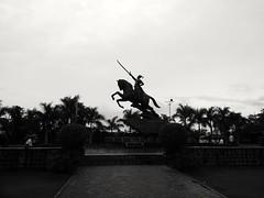 Shivaji Maharaj statue from Pune (Dheeraj Kalgutkar) Tags: pune shivajimaharaj maratha maharashtra india streetphotography photography outside nature sky blackandwhite