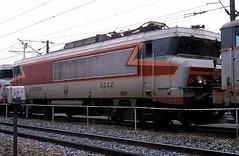 15016  Hausbergen  28.03.88 (w. + h. brutzer) Tags: hausbergen eisenbahn eisenbahnen train trains frankreich france railway elok eloks lokomotive locomotive zug 15000 sncf webru analog nikon