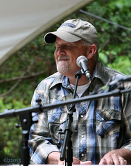 The Jeff little Trio - Jeff Little (DaBrain) Tags: park music jeff rain umbrella scott concert little bluegrass bass guitar outdoor live steve amphitheatre piano lewis banjo josh stuff fred bond trio pinecone cary usic sertoma