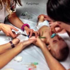 Analítica (fotosdesalud) Tags: sangre analítica pediatría enfermería jordifàbrega uploaded:by=flickrmobile flickriosapp:filter=nofilter