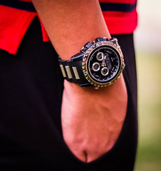 WATCH IN CLASS (Raed Visuals) Tags: red black classic rain clouds canon square 50mm brothers watch class chain squareformat devil qq visuals 1855 swag souq tariq saif qatar salah classy raed 550 choes 550d waqif swagy
