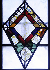 Stanford-on-Avon, St Nicholas, nVI, 2b, Fragments set in kite-shaped panel (gordonplumb) Tags: northamptonshire stainedglass medieval fragments stanfordonavonstnicholas