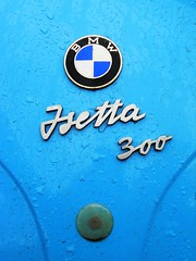 BMW Isetta 300 (badge) (Transaxle (alias Toprope)) Tags: auto show berlin classic cars beauty car vintage nikon power antique voiture historic retro event coche soul carros classics carro oldtimer bella autos veteran macchina carshow coches veterans clasico voitures toprope antigo antigos clasicos
