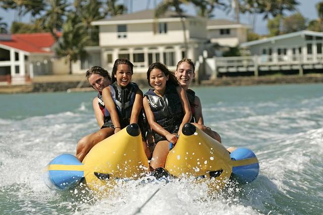 マリンスポーツ1種類 バナナボート(海のアクティビティのオプショナルツアー)