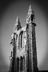 St Andrews Cathedral (TablinumCarlson) Tags: leica uk bw white black tower st analog scotland andrews catholic cathedral rom