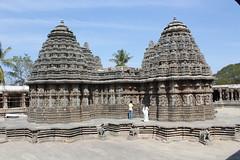 Somnathpur, Keshava Temple (Arian Zwegers) Tags: india temple vishnu karnataka somnathpur soapstone hindutemple hoysala keshava chennakeshava 2013 keshavatemple chennakesava somanathapura chennakesavatemple chennakeshavatemple vijayanarayanatemple