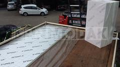 Dakdekker: Bestaande dakbedekking is reeds verwijderd en het nieuwe dak wordt door Primodak geïsoleerd. Wij hebben gekozen voor een harde PIR dakisolatie van het merk Unilin. Een isolatie met een hoge R-waarde