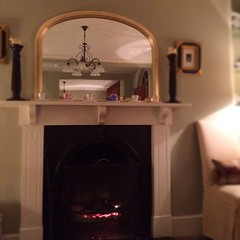 Photo of A delicious dinner, a beautiful fire, a lovely evening with my mama #luckyme #cosy