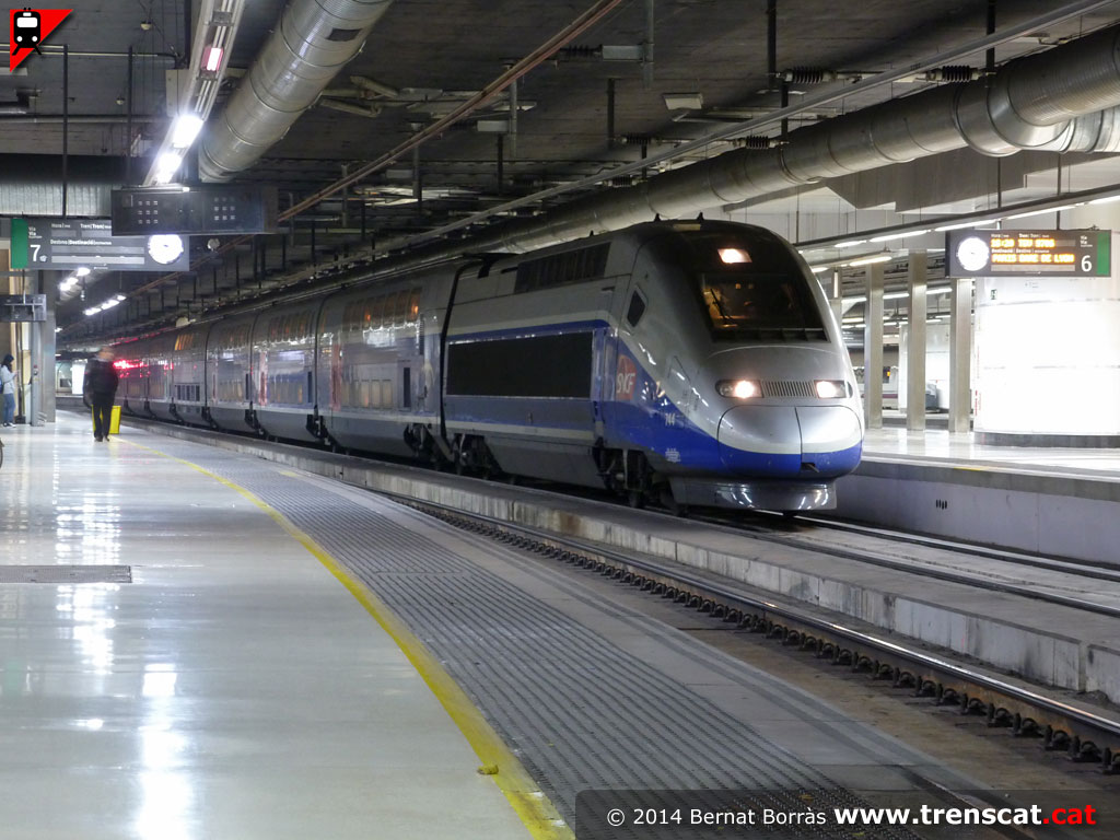 The world 39 s newest photos of sants and tgv flickr hive mind for Renfe barcelona paris