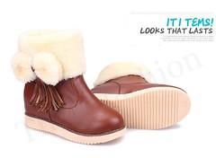 SB-0003 รองเท้าบูทหนังเกรดเอสีน้ำตาลบุขนเฟอร์ด้านในอบอุ่นกันหนาวติดโบว์ข้างน่ารักพร้อมลุยหิมะ