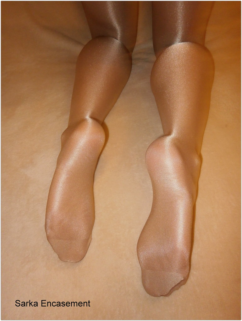 Flickr tagged pantyhose