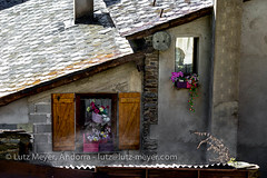 Andorra rural: Ordino, Vall nord, Andorra (lutzmeyer) Tags: pictures roof history primavera rural sunrise photography spring europe village photos pics may images historic mai fotos valley tele mayo past region dach sonnenaufgang historia andorra antic oldhouses bilder imagen pyrenees tal techo springtime teulada iberia frhling historie pirineos pirineus iberianpeninsula geschichte landleben pyrenen historique historisch maig imatges rurallife frhjahr landkreis altehuser vallnord geschichtlich llorts rutadelferro iberischehalbinsel sortidadelsol canoneos5dmarkiii rutadelhierro livingantic livingrural eisenroute lndlichesleben ordinoparroquia ironrote lutzmeyer lutzlutzmeyercom ordinovallnord
