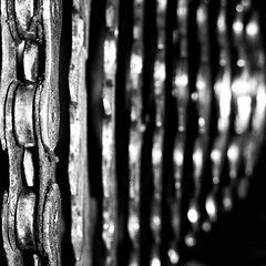 Dirty (S Cansfield) Tags: macro bike cycling nikon rear dirty chain mtb coolpix oily s3 cassette