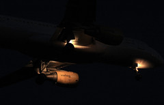 Vueling (vic_206) Tags: night plane lights luces noche bcn flight avin vuelo airbusa320 vueling lebl canoneos60d canon70200f28lisii