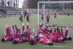 1604_FOOTBALL-102 (JP Korpi-Vartiainen) Tags: game girl sport finland football spring soccer hobby teenager april kuopio peli kevt jalkapallo tytt urheilu huhtikuu nuoret harjoitus pelata juniori nuori teini nuoriso pohjoissavo jalkapalloilija nappulajalkapalloilija younghararstus