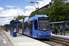 R3-Wagen 2209 in der neuen Haltestelle Hanauer Strae (Frederik Buchleitner) Tags: linie20 munich mnchen r3wagen strasenbahn streetcar tram trambahn