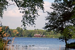 Kralingse Plas (Mone-Photography) Tags: house nature rotterdam meer plas kralingen kralingseplas deschonelei