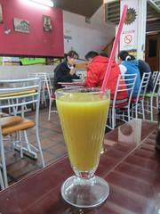 """Quito: un jus typique d'on-ne-sait-quoi ;) Pas mauvais du tout ! <a style=""""margin-left:10px; font-size:0.8em;"""" href=""""http://www.flickr.com/photos/127723101@N04/27165995700/"""" target=""""_blank"""">@flickr</a>"""