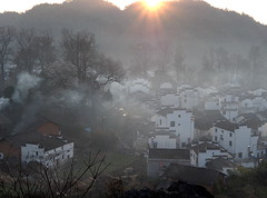 P3050414new (klausen hald) Tags: china morning mist mountain fog sunrise landscape countryside village outdoor country mountainside morningmist wuyuan shicheng