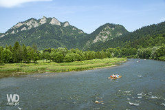 Rafting on Dunajec River (WDnet) Tags: summer vacation mountain river europe sightseeing poland rafting slovakia tradition touristattractions rafters dunajec rivergorge thehighlanders d3100