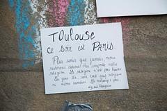 """23 - """"Toulouse est Paris"""", en ce soir de novembre. (AMToulouse) Tags: toulouse placeducapitole archivesmunicipales jesuischarlie 13novembre2015 tmoignagesattentats"""