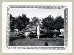 1942 Buick Roadmaster Sedanet (Raymondx1) Tags: vintage us usa america vintageusa classic black white blackwhite sw photo foto photography automobile car cars motor vehicle antique auto lady ladies 1942 buick roadmaster sedanet sedanette fastback buicksedanet