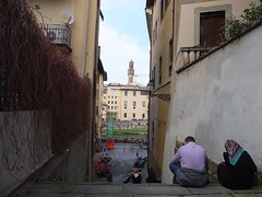mlange (mailuig) Tags: street city people italy love florence couple strangers streetphotography amour firenze