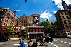 Ray Ban (Always Hand Paint) Tags: sunglasses fashion retail advertising mural colorful outdoor landmark ooh handpaint colossal complete rayban photorealism urbanfashion colossalmedia muraladvertising skyhighmurals m019 alwayshandpaint kristamlindahl raybancomplete raybanpop