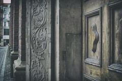 dark mood (Enhanced Reality) Tags: street door winter detail architecture focus december mood bokeh perspective atmosphere poland depthoffield wrocaw 2015