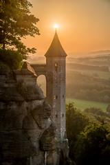 Hungerturm (matthias_oberlausitz) Tags: sunset schweiz sonnenuntergang festung schsische elbsandsteingebirge knigstein hungerturm