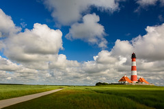 lighthouse (jwfoto1973) Tags: westerhever westerheversand leuchtturm lighthouse himmel sky polfilter wolken clouds deutschland germany nikon d7100 johannesweyers landschaft landscape seegraswiesen weg