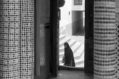 So do I (e_Ag) Tags: woman blackwhite streetphotography maroc rabat