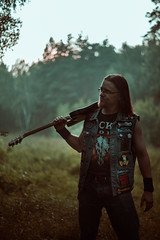 IMG_5348 (rodinaat) Tags: longhair longhairman longhairedman longhaired beard bearded metal metalhead powermetal trashmetal guitar musican guitarplayer brutal forest summer sun