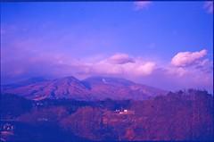 (bensn) Tags: contax g2 carl zeiss 45mm f2 film slide kodak e100vs japan nagano asama mountain clouds sky mountains