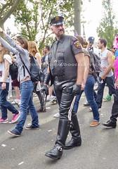 """bootsservice 16 480826 (bootsservice) Tags: paris """"gay pride"""" """"marche des fiertés"""" bottes cuir boots leather motards motos motorcyclists motorbiker caoutchouc rubber uniforme uniform orlando"""
