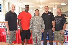 DSC_0574 (family and mwr hawaii) Tags: atlanta falcons meet greet mwr hawaii usaghi