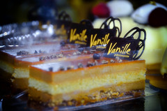 Vanille Patisserie~ (vintage everything) Tags: pink chicago rose frenchmarket vanille macroons frenchcookie
