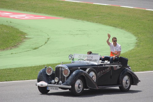 Paul Di Resta in the Drivers' Parade at the 2013 Spanish Grand Prix