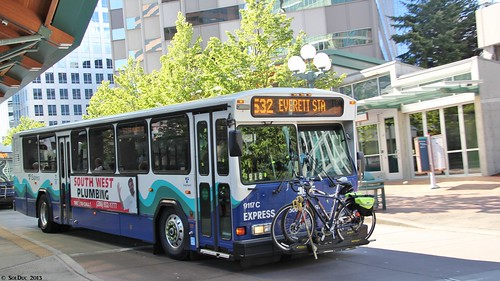 Sound Transit Gillig Phantom 40