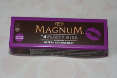 Langnese Magnum Limited Edition Kisses No 4 Flirty Kiss (Like_the_Grand_Canyon) Tags: summer dessert am chocolate sommer linie series limited edition eis schokolade serie magnum stiel 2013
