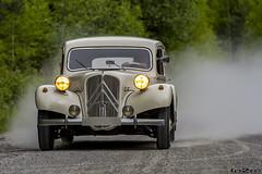 Citron Traction Avant (fo2re Notodden) Tags: wood car speed gangster traction citron skog fart bil dust avant stv nikond700torehansennotoddennorge