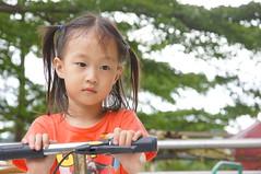 DSC09861 (小賴賴的相簿) Tags: baby kids sony taiwan 台灣 家庭 可愛 人像 小孩 親子 木柵 孩子 1680 兒童 a55 單眼 親情 1680mm 蔡斯 slta55v anlong77 小賴家 小賴賴